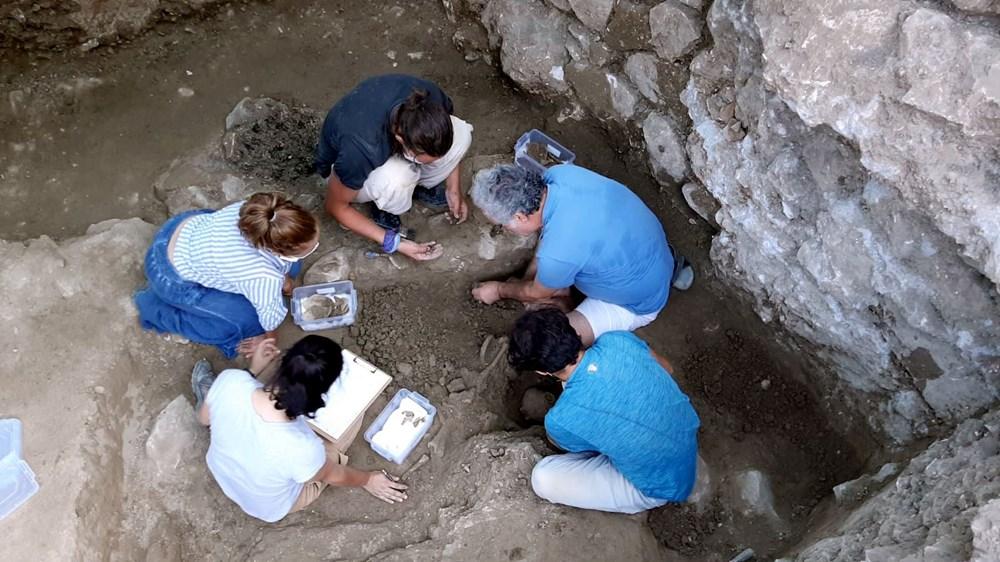 Myra Antik Kenti'nde hepsi bir arada 50'den fazla heykelcik bulundu - 8