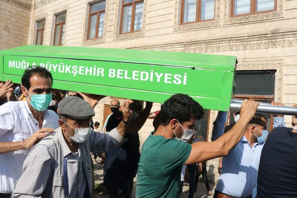 Hüzünlü veda: Pınar Gültekin son yolculuğuna uğurlandı - 14