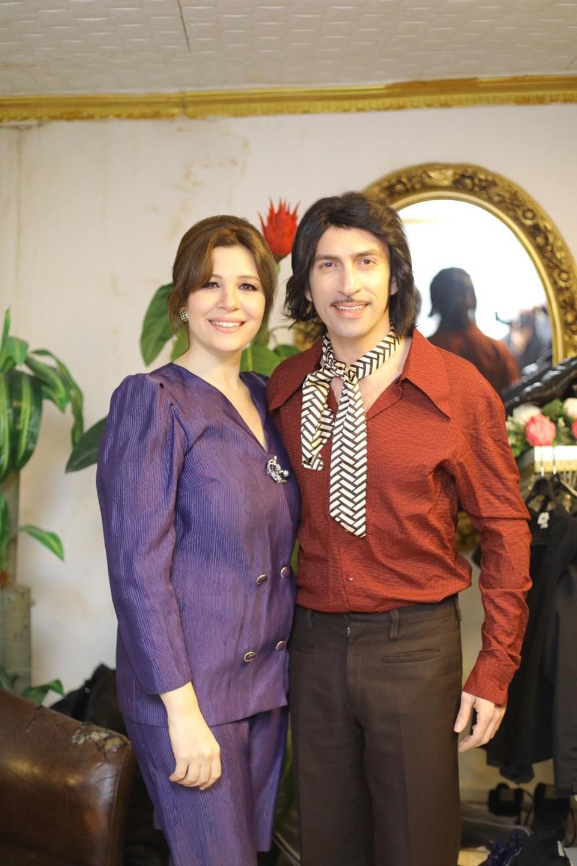 Bana Yalan Söylediler klibinde Erdem Yener ile birelikte Aylin Kontende de rol aldı.