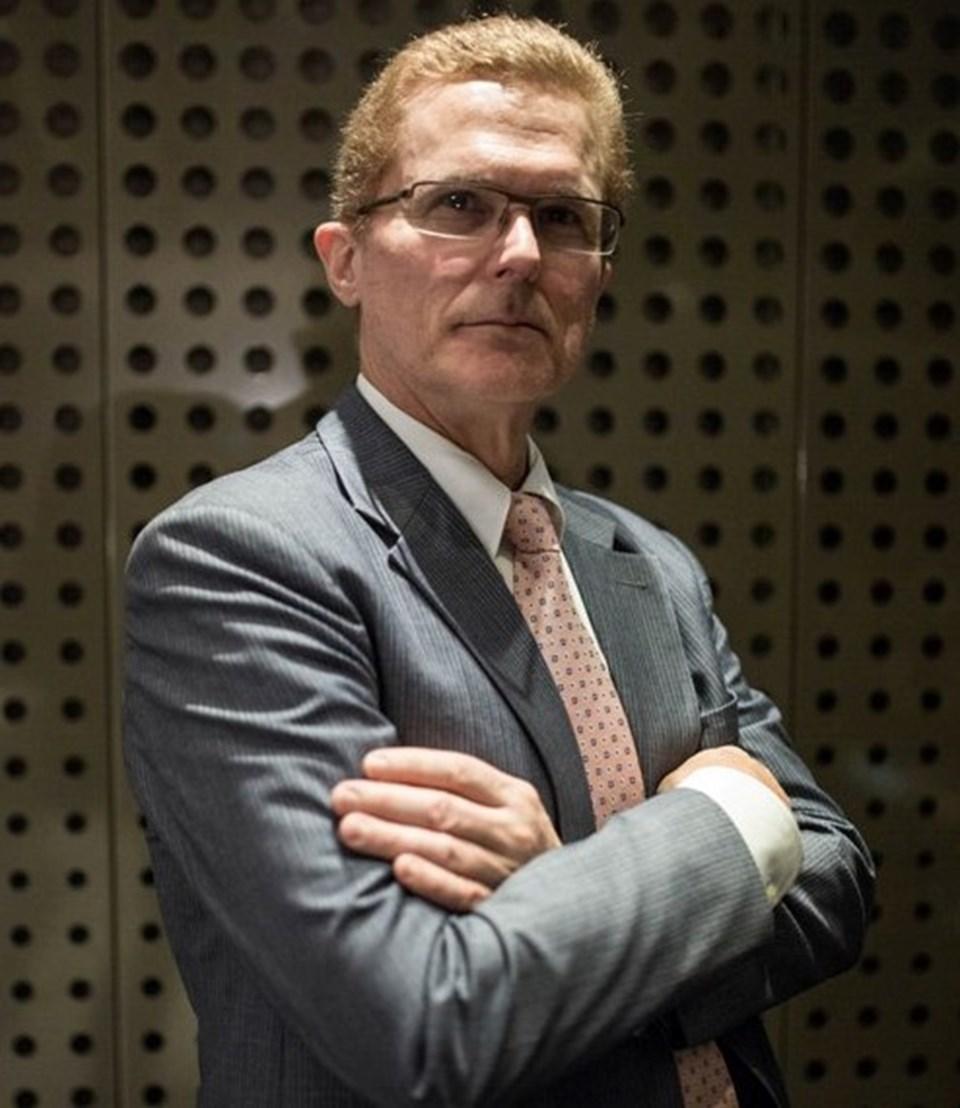 Dr. Philip Paty