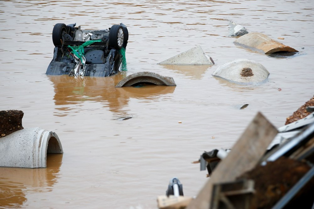 Almanya'da sel felaketinde ölü sayısı 156'ya yükseldi - 1