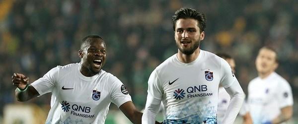 Akhisar'da seri sonu Trabzonspor'dan