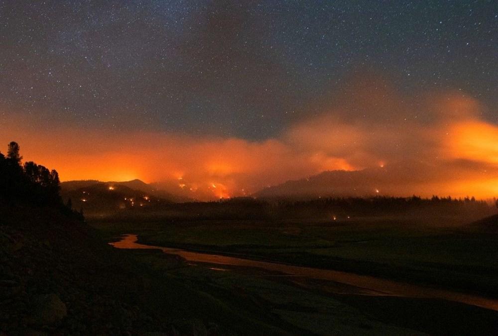 ABD'de aşırı sıcaklar nedeniyle 60'tan fazla orman yangını: Binlerce kişi tahliye edildi - 2