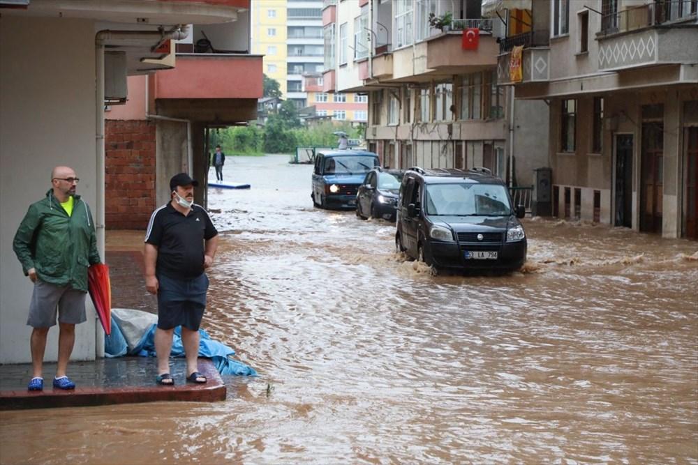 Rize ve Artvin'de beklenen yağış başladı: Arhavi'de iki mahalleyi su bastı - 6