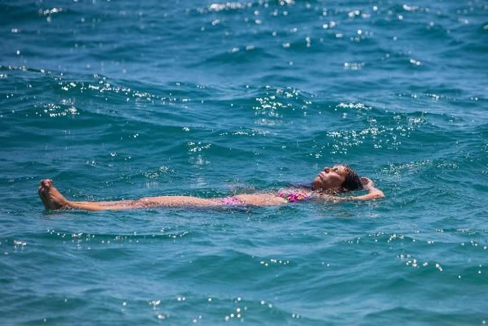 Tam kapanma bitti: Antalyalılar sahile akın etti - 10