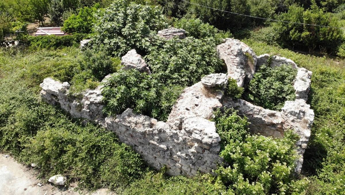 600 yıllık hamama defineci talanı