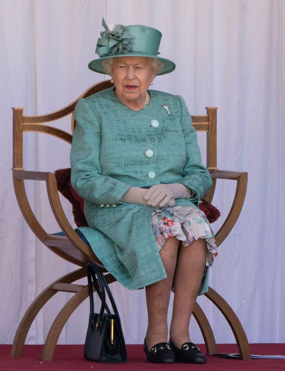 Kraliçe Elizabeth'e corona etkili kısıtlı doğum günü kutlaması (Kraliyet tarihinde bir ilk) - 4