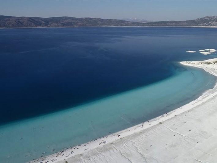 Çevre ve Şehircilik Bakanı Kurum'dan Salda Gölü açıklaması