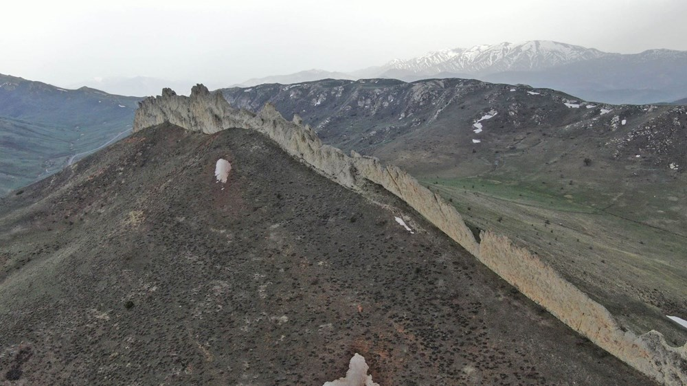 This is Sivas, not China!  It's called the 'Natural Great Wall of China' - 7