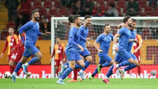 Galatasaray 'Tuzla' buz!