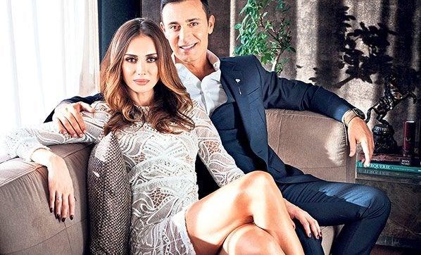 Mustafa Sandal ile Emina Sandal boşanıyor (3 dilde ayrılık açıklaması) -  Magazin Haberleri   NTV