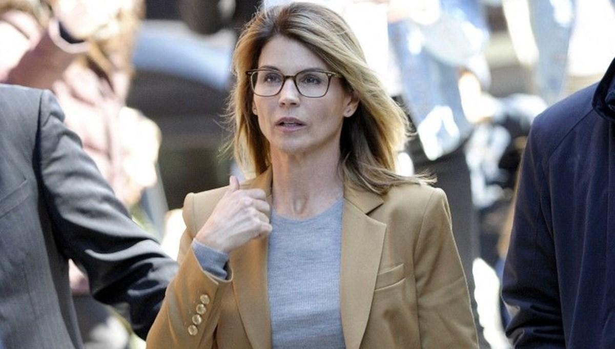 Lori Loughlin rüşvet skandalı sonrası oyunculuğa dönüyor