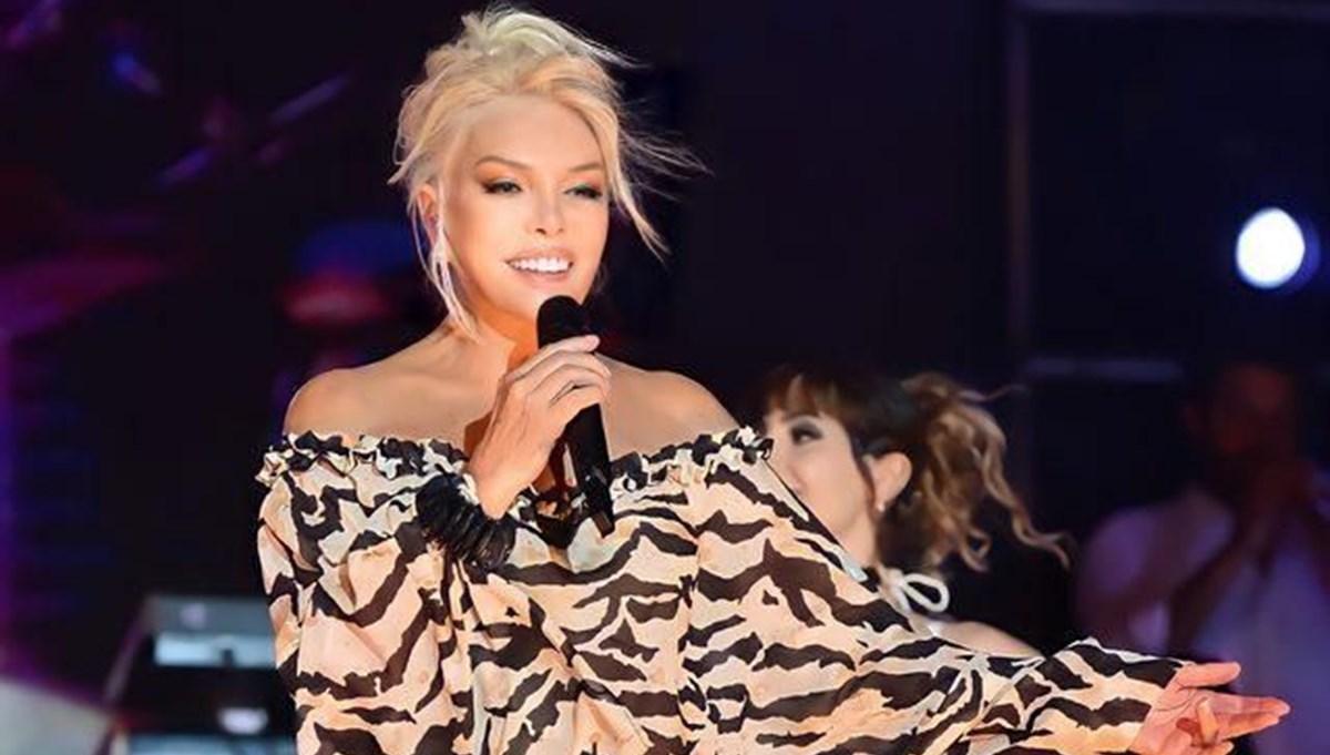 Ajda Pekkan'ın photoshoplu hali eleştiri konusu oldu