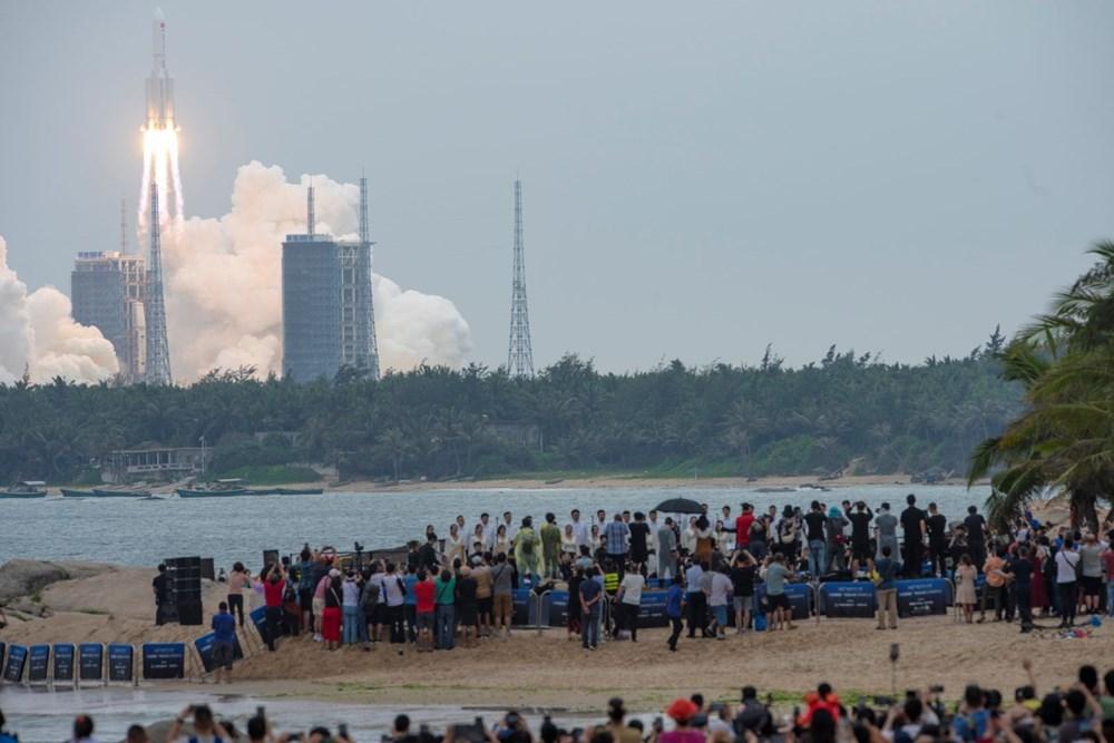 Çin'in uzaya gönderdiği roket kontrolden çıktı: Her yere düşebilir - 10