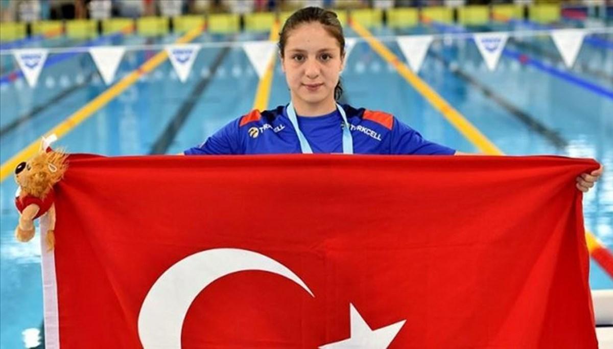 SON DAKİKA HABERİ: Milli yüzücü Merve Tuncel dünya gençler rekorunu kırdı