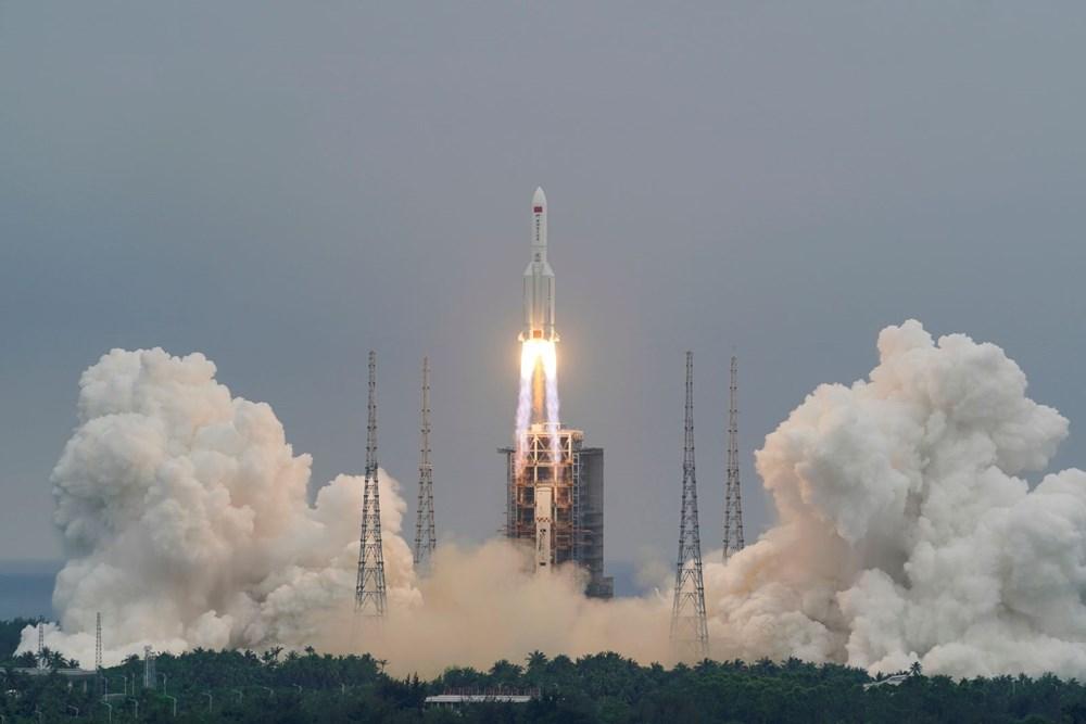Çin'in uzaya gönderdiği roket kontrolden çıktı: Her yere düşebilir - 9