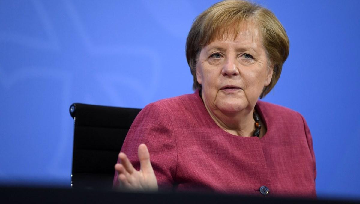 Almanya Başbakanı Merkel'den Türkiye'ye destek mesajı: Türkiye'ye sığınmacılarla ilgili mali destek sürmeli