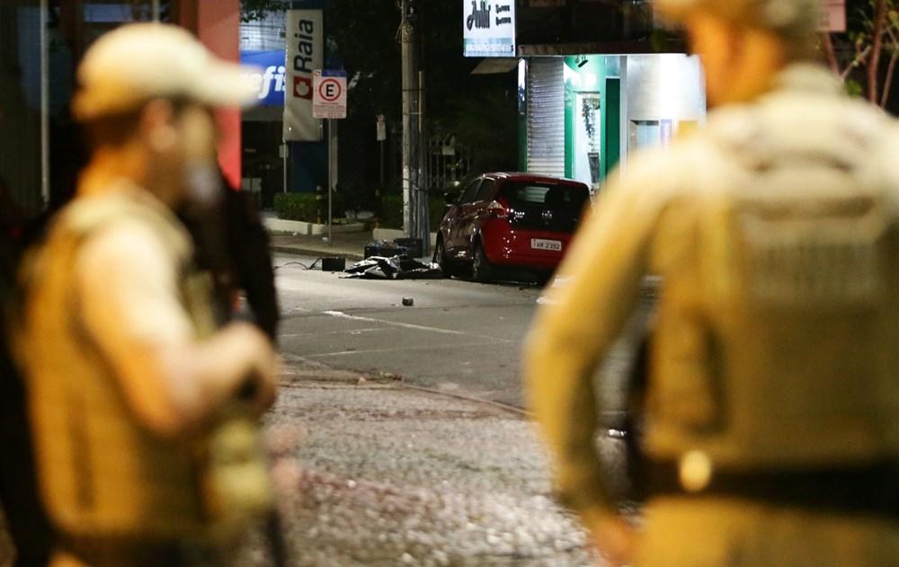 Brezilya'da savaş gibi banka soygunu: 30 kişi geldiler - 10