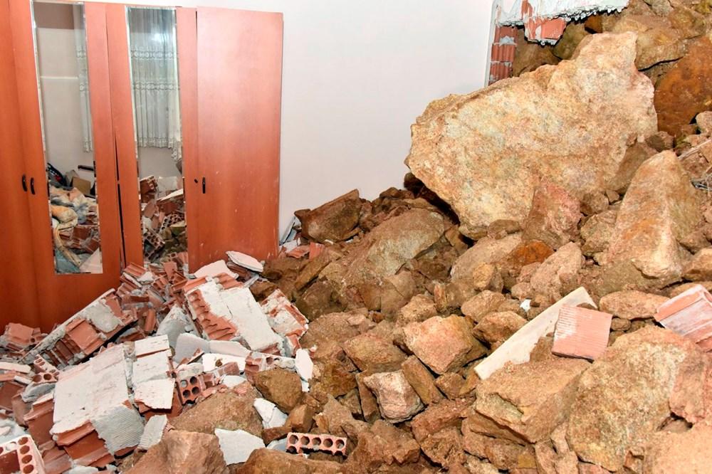 Dağdan kopan kayalar evin içine doldu - 9