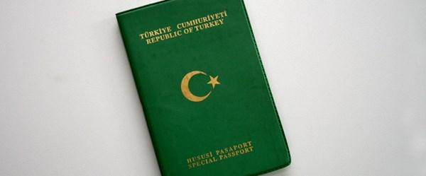 Yeşil pasaport sahipleri Avrupa'ya gitmeden önce kayıt olacak (7 euro)