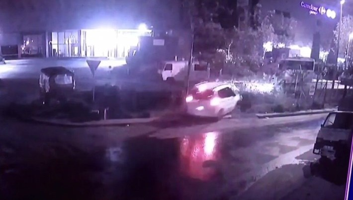 İstanbul'da alkollü sürücü 'uçtu'