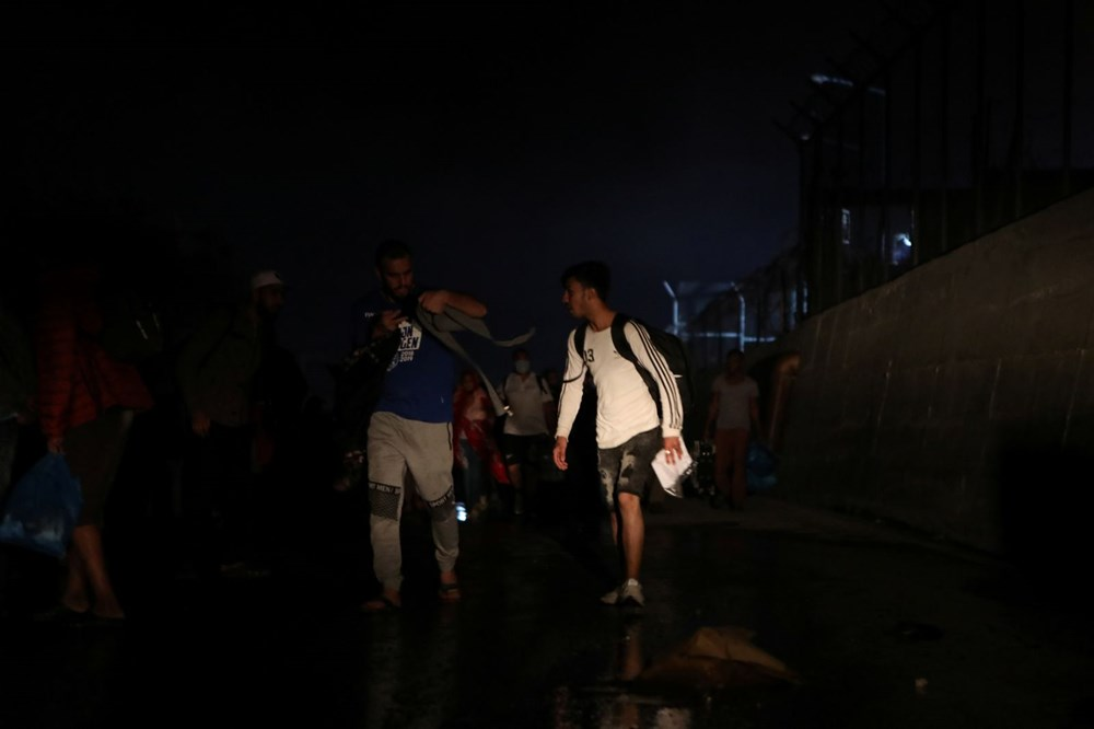 Midilli'deki sığınmacı kampında yangın - 6