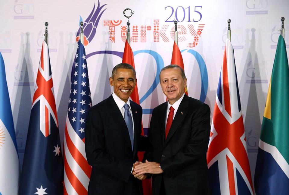 Erdoğan ve Obama, el sıkışarak fotoğraf çektirdikten sonra görüşmeye geçti.