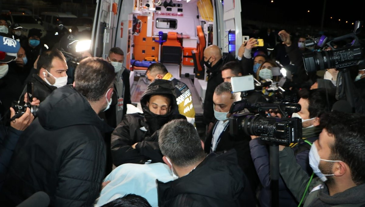 Beşiktaş'a Cenk Tosun'dan kötü haber