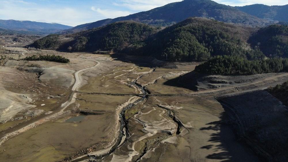 Bursa'nın su ihtiyacını karşılayan barajda su oranı yüzde 5'e düştü - 2