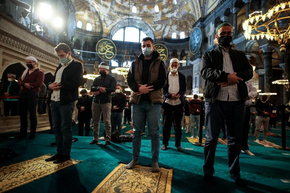 Ayasofya'da 87 yıl sonra ilk Ramazan Bayramı namazı kılındı - 18