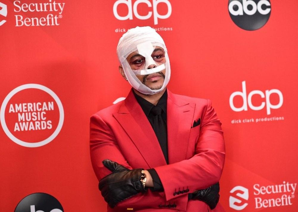 The Weeknd yüz bandajı kullanmasının nedenini açıkladı - 3
