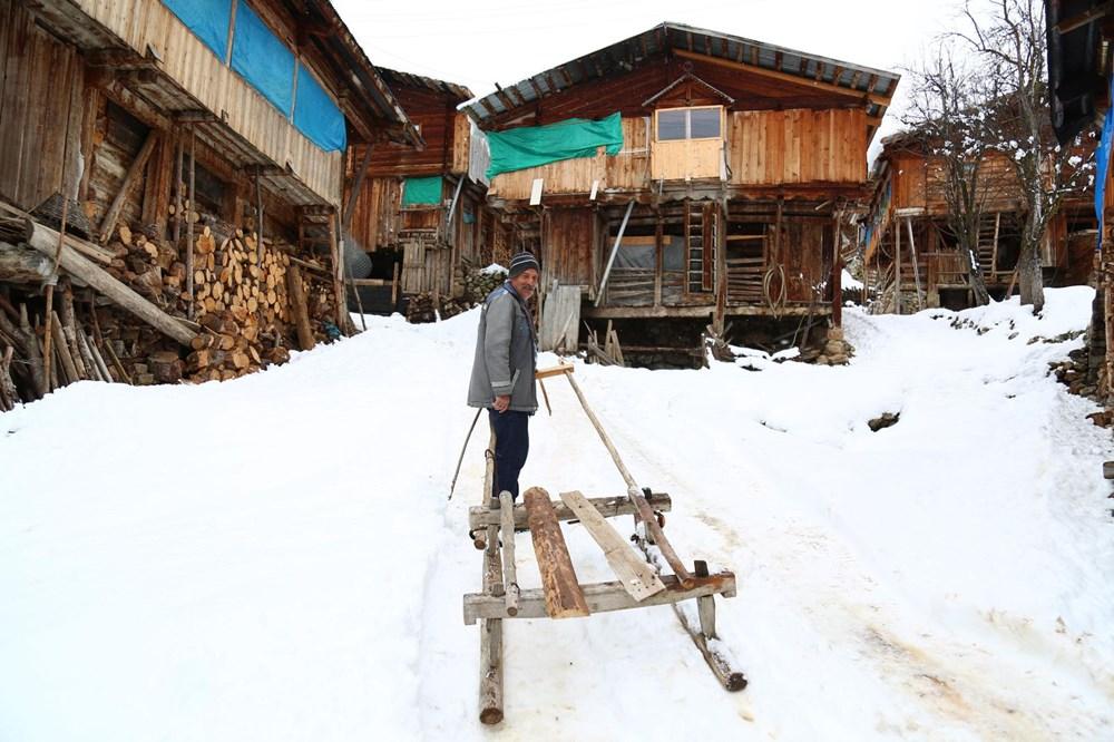 Artvin'deki 2 bin rakımlı Maden Köyü'nde kışı böyle geçiriyorlar - 3
