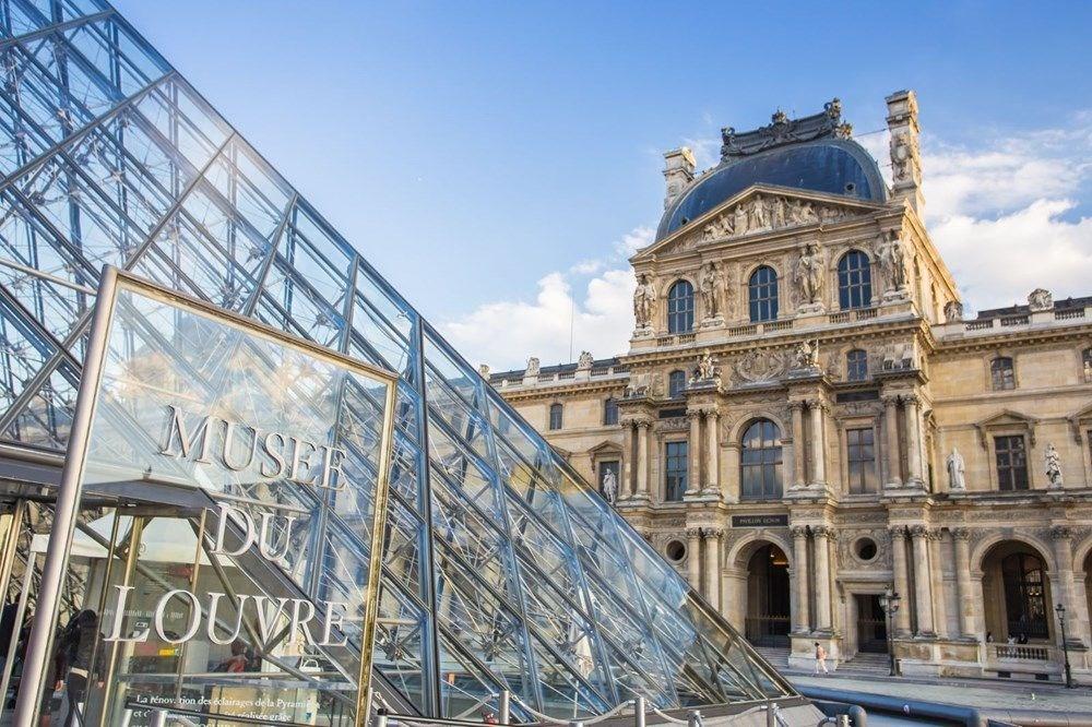 Fransa'da da müze, sinema ve tiyatroda da maske takma zorunluluğu - 5