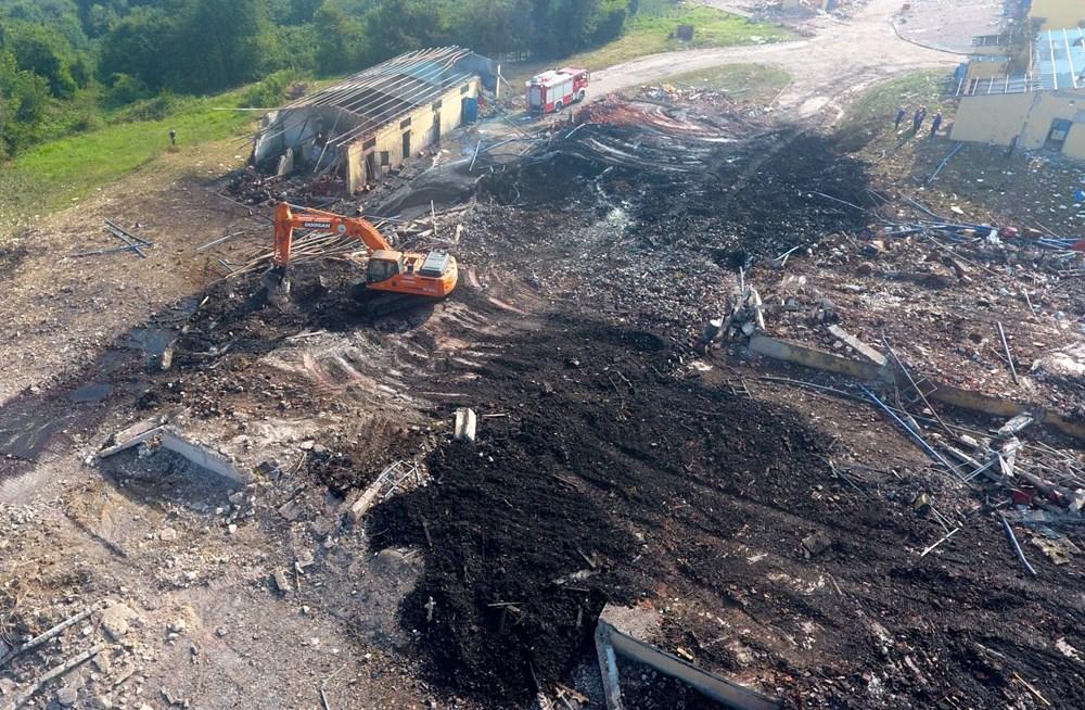 Sakarya'da patlamanın olduğu alandaki hasar havadan görüntülendi - 2