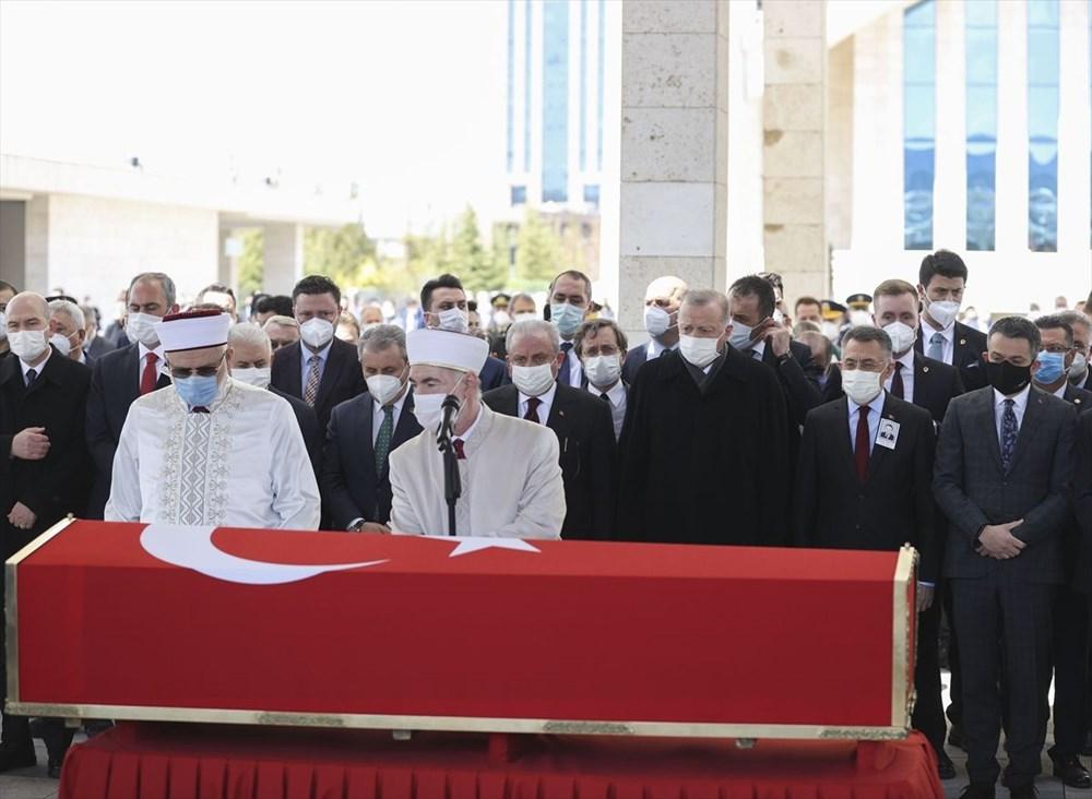 Eski Başbakan Yıldırım Akbulut'a veda - 2