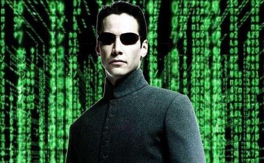 Matrix'te neden herkes güneş gözlüğü takıyor? - 1