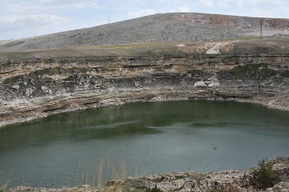 Timraş Obruk Gölü'nün suyu 8 metre azaldı - 3