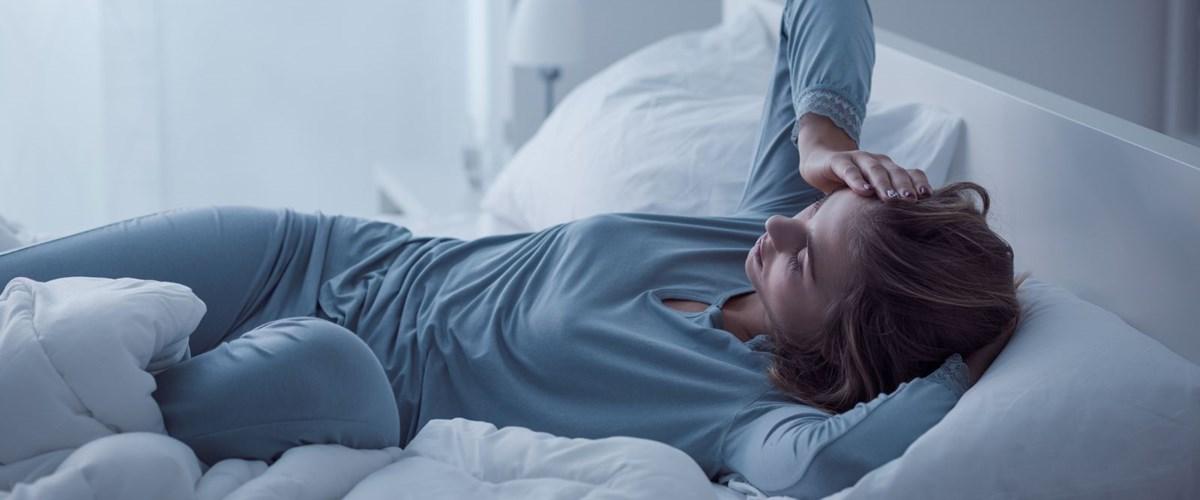 Uyku apnesi nedir, nasıl tedavi edilir? (Uyku apnesinin belirtileri ve nedenleri nelerdir?)