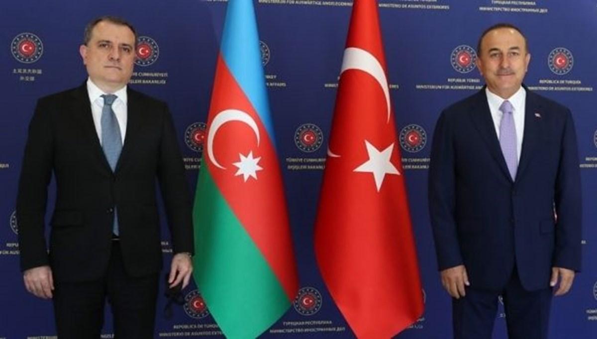 SON DAKİKA HABERİ: Dışişleri Bakanı Çavuşoğlu, Azerbaycanlı mevkidaşı ile Yukarı Karabağ'ı görüştü