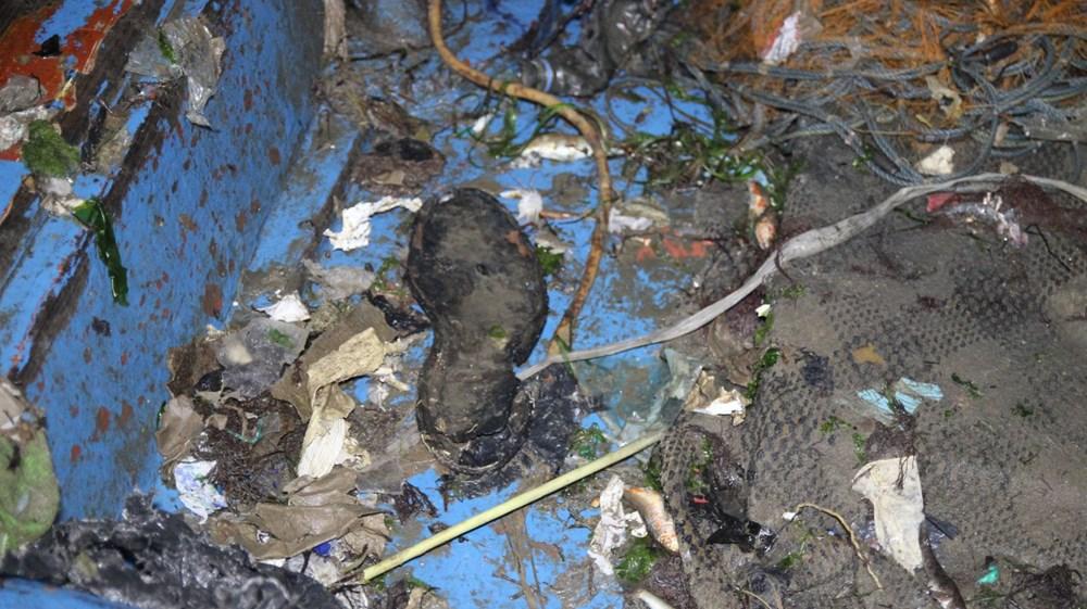 Rize'de balık için denize çıkan balıkçılar, çöp dolu ağlarla dönüyor - 4