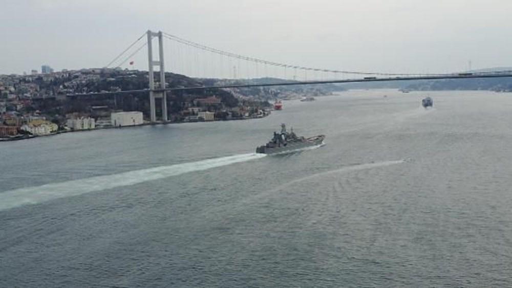 Rus savaş gemileri İstanbul Boğazı'ndan geçti - 3