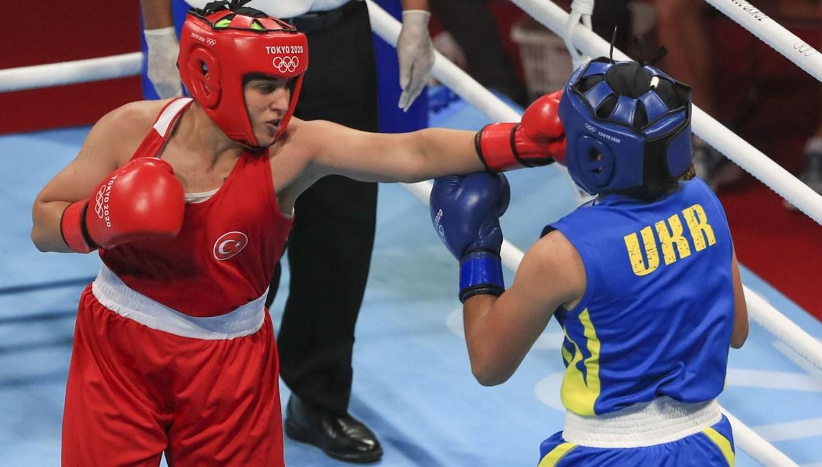Kadın boksunda ilk: Busenaz Sürmeneli madalyayı garantiledi (2020 Tokyo Olimpiyat Oyunları)