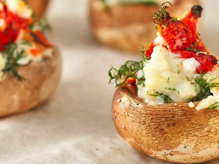 Kurutulmuş domatesli mantar dolma tarifi
