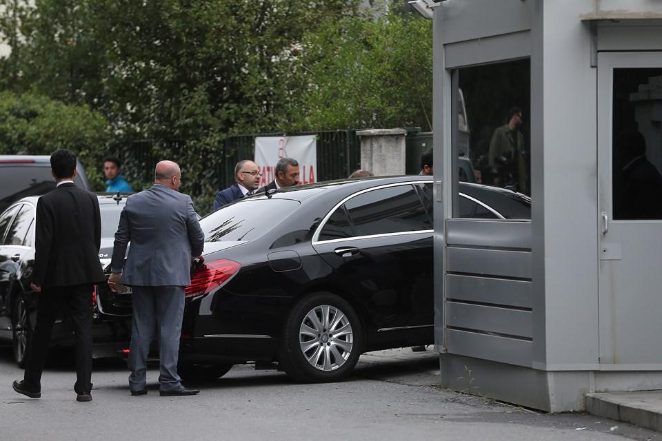 Suudi yetkililer, sivil plakalı araçlarlageldi.