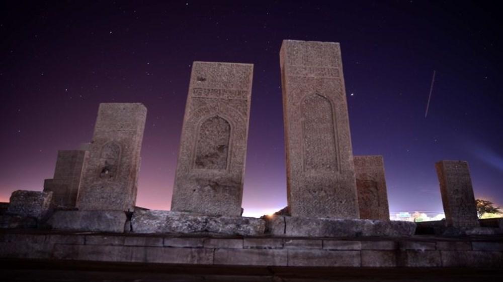 Dünyanın en büyük Türk-İslam mezarlığı: Ahlat Selçuklu Meydan Mezarlığı - 5