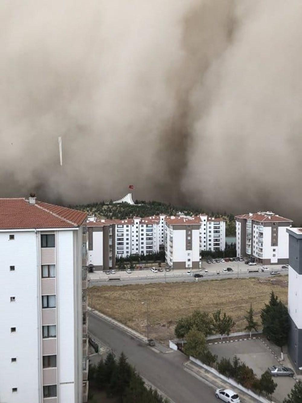 Ankara'da kum fırtınası: Polatlı'yı toz bulutu kapladı - 2