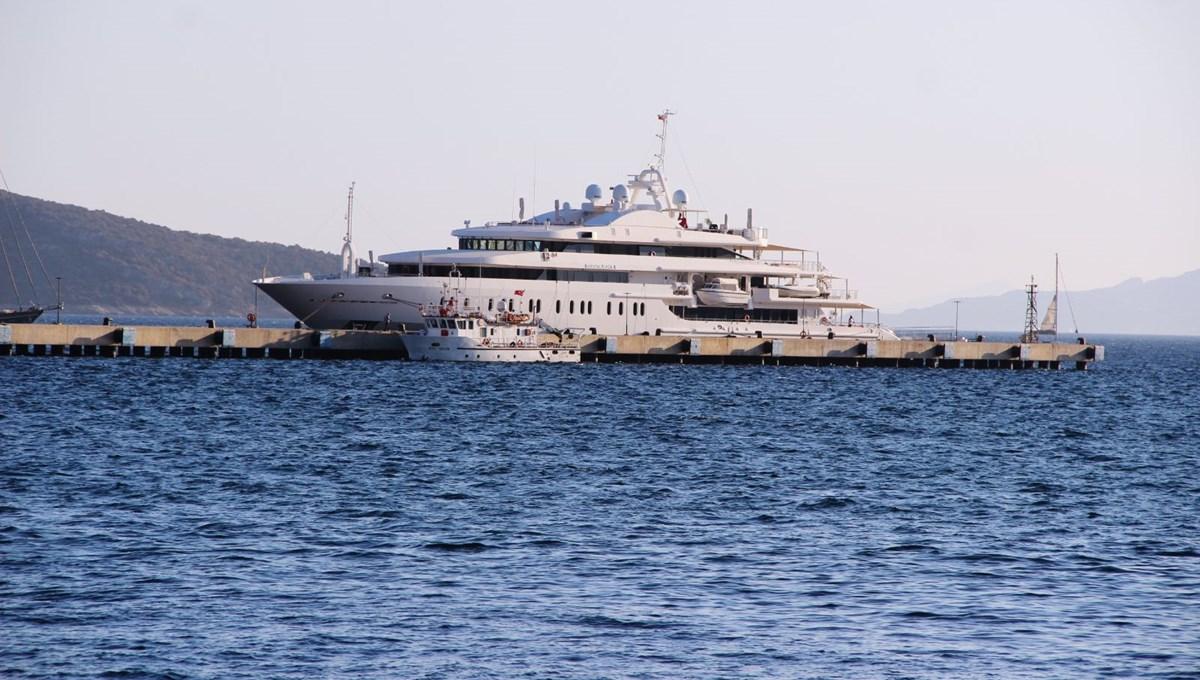 Yüzen saray Bodrum'a demir attı: Günlük kirası 110 bin lira