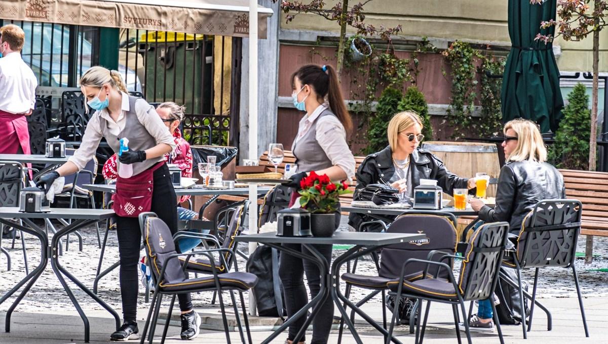 MIT: Restoranların yarım kapasiteyle çalıştırılmasının bilimsel dayanağı yok