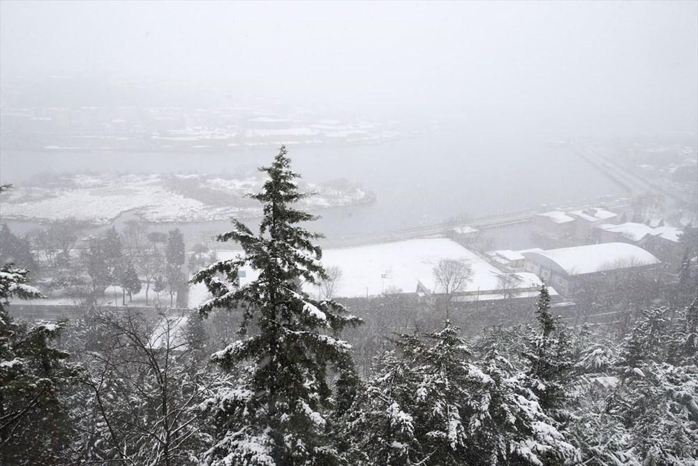 İstanbul'da kar yağışı devam ediyor - 24