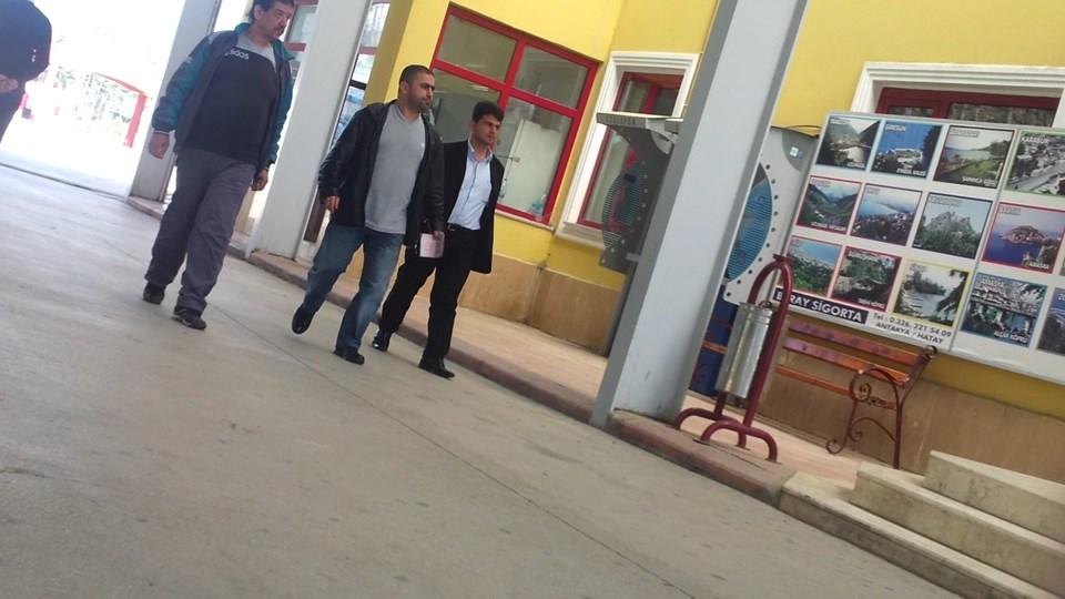 Suriye'de yakalanarak Türkiye getirilenYusuf Nazik (sağda)